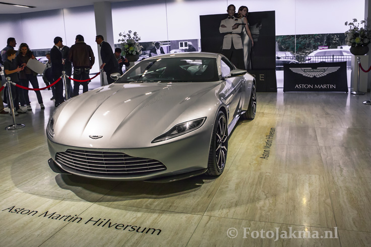James Bondauto Aston Martin even in Nederland ©fotojakma.nl